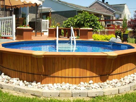 Gagnez une piscine hors terre de 18 pieds for Balayeuse de piscine hors terre