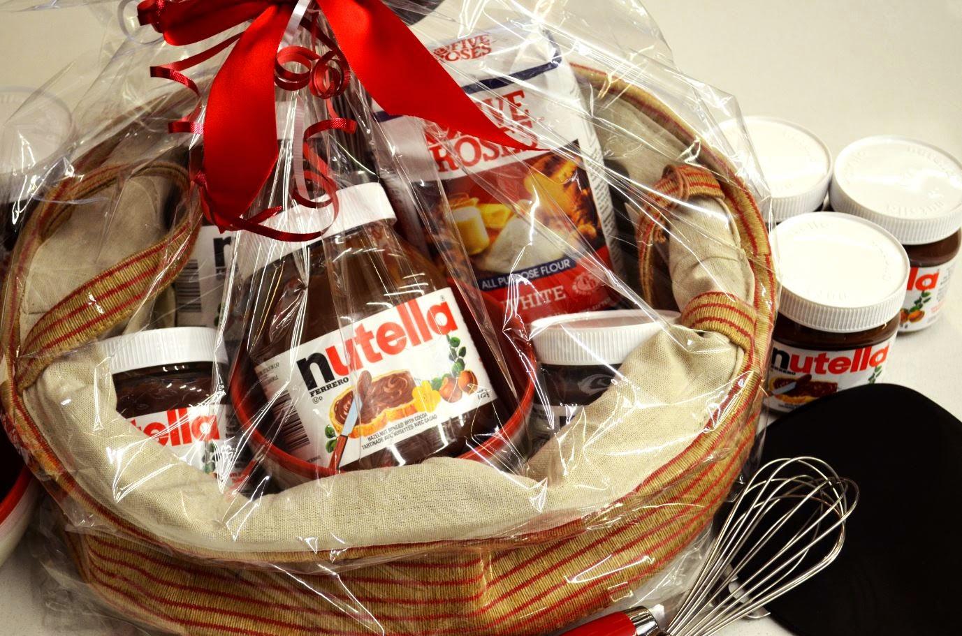 Panier Cadeau Provence : Un panier cadeau nutella et une carte visa de ?