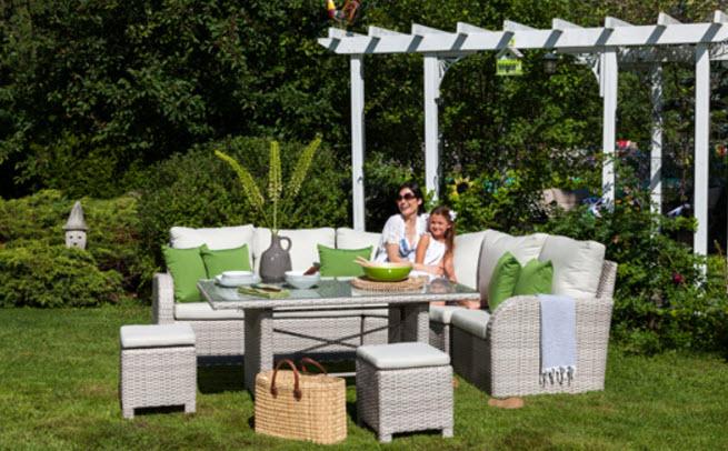 Ensemble de meubles de jardin bella de 2700 gagner for Meubles de jardin 2016