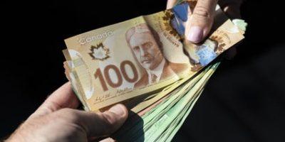 canada dollars 2000